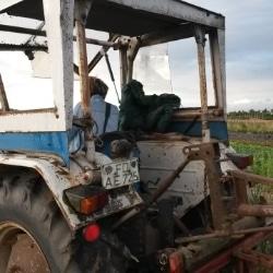 Treckerfahren auf dem Biogut