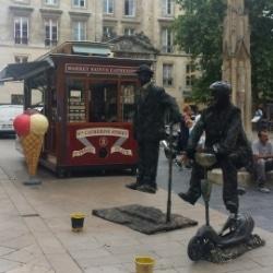 Straßenkünstler in Bordeaux