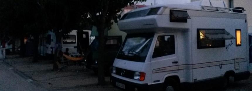 unser Wohnmobil Stellplatz auf dem Campingplatz in Cadaqués in Spanien