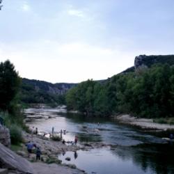 Fluss Ardèche in Frankreich