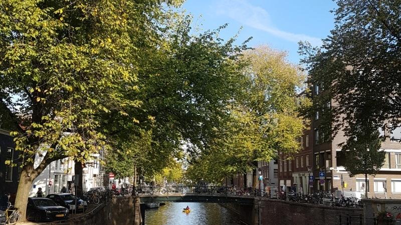 Amsterdam, Holland, Niederlande, Reisen mit Kindern, Citytrip, Grachten