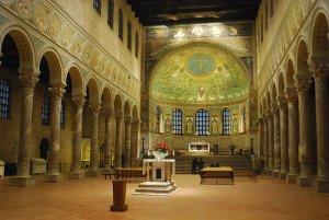 Basilika Saint Apollinaire in Classe Italien