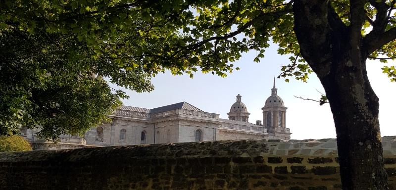 Kuppel der Basilika in Bouogne-sur- Mer