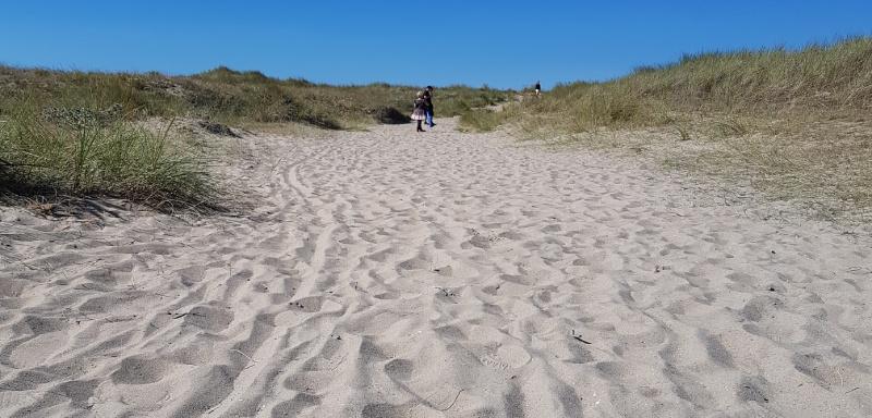 breiter Sandstrand an der französischen Nordseeküste