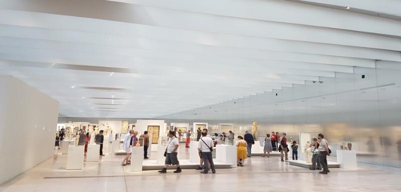 Mit dem Wohnmobil zum Louvre Lens