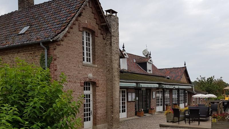 Café und Restaurant des Campingplatz Domaine du Château de Drancourt
