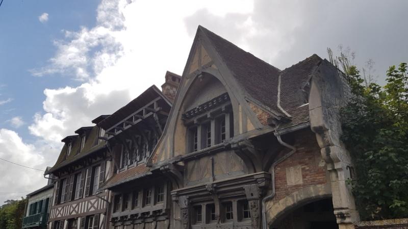 Mittelalterliche Häuser in Etretat, Normandie