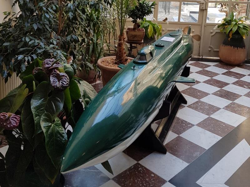 Modell von Kapitän Nemos Unterseeboot, die Nautilus im Jules Verne Museum