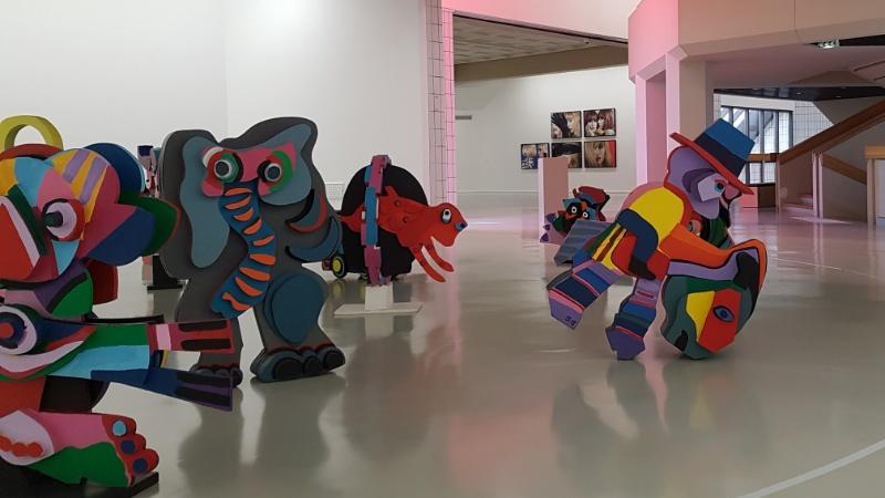 "LAAC in Dunkerque, ""Circus"" des niederländischen Künstlers Karel Apel"
