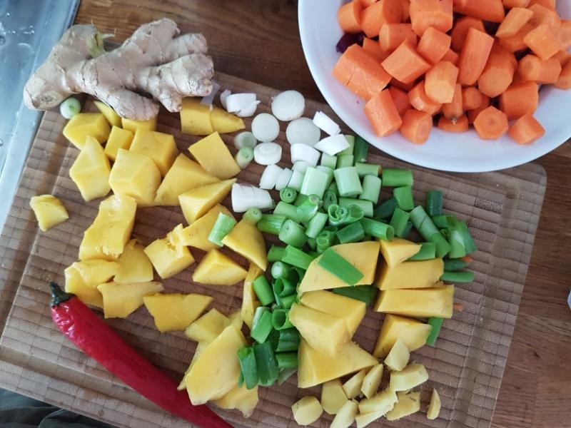 Mango-Möhrensuppe selbst zubereiten