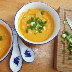 Sommeressen für Kinder und Erwachsene: Wassermelonen-Feldsalat und Mango-Möhrensuppe