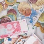 Wie lernen Kinder den Umgang mit Geld? Wie viel Taschengeld ist für ein Kind angemessen?