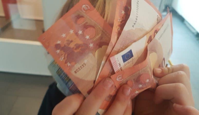 Taschengeld, Finanzen, Familie, Umgang mit Geld lernen, Kinder