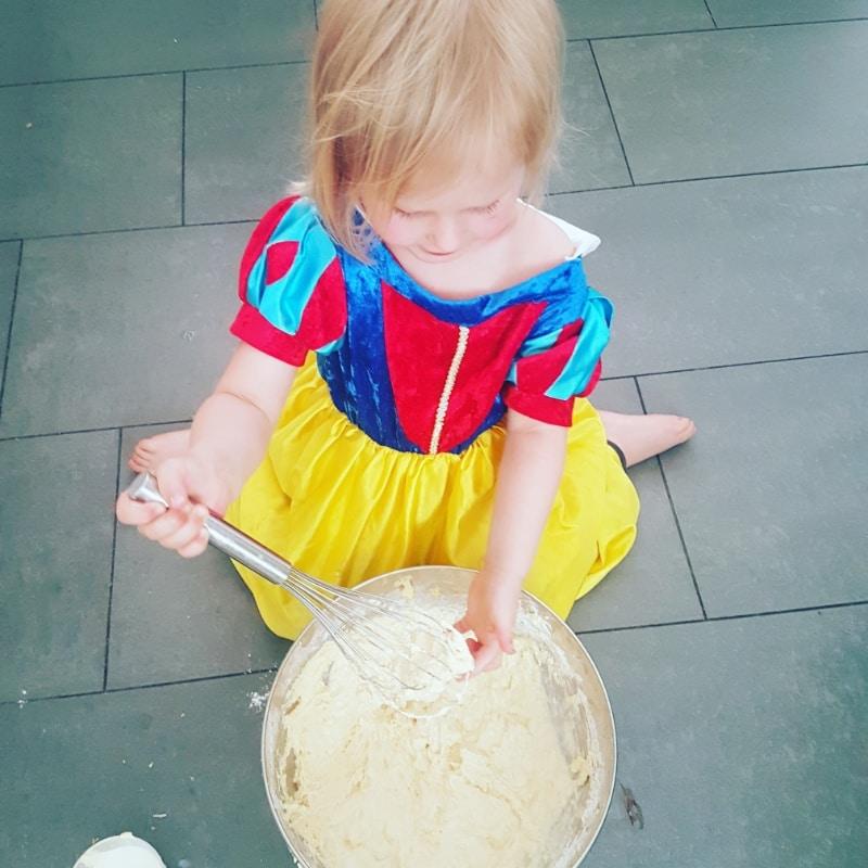 Einhornkuchen, Einhorntorte, Einhorn, Einhörner, Kuchen, Torte, backen, backen mit Kindern, Kindergeburtstag, Geburtstag, Party, Feier