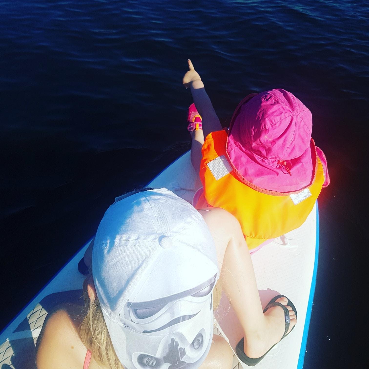 iSUP, SUP, Stand up Paddle, Paddle, Wassersport, watersport, outdoor, outdoorsport, wasser, natur, fitness, sport, sport mit kindern, draussen unterwegs