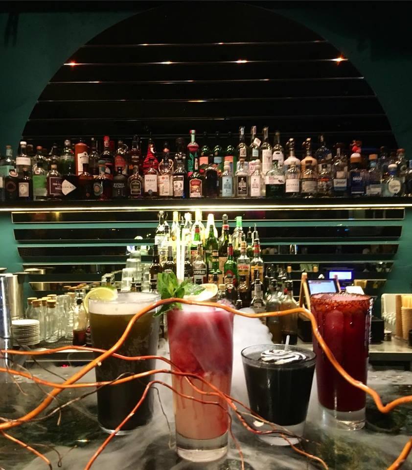 Warschau, Warsaw, Polen, Poland, Citytrip, Reisen, Urlaub, Ferien, Stadt, Wochenendtrip, Bar, Pacyfik bar, Cocktails, Nighlife, Club, ausgehen